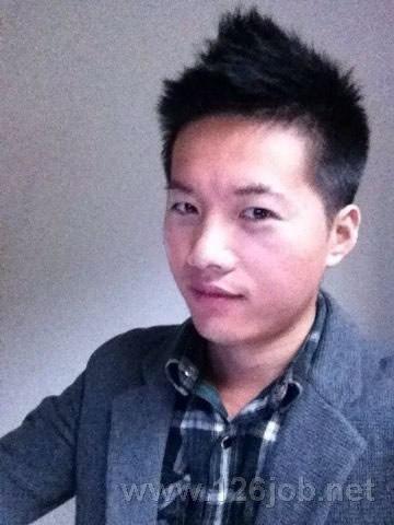 姓  名: 徐海龙 性  别: 男 点击照片将会放大 年  龄: 29岁 婚姻